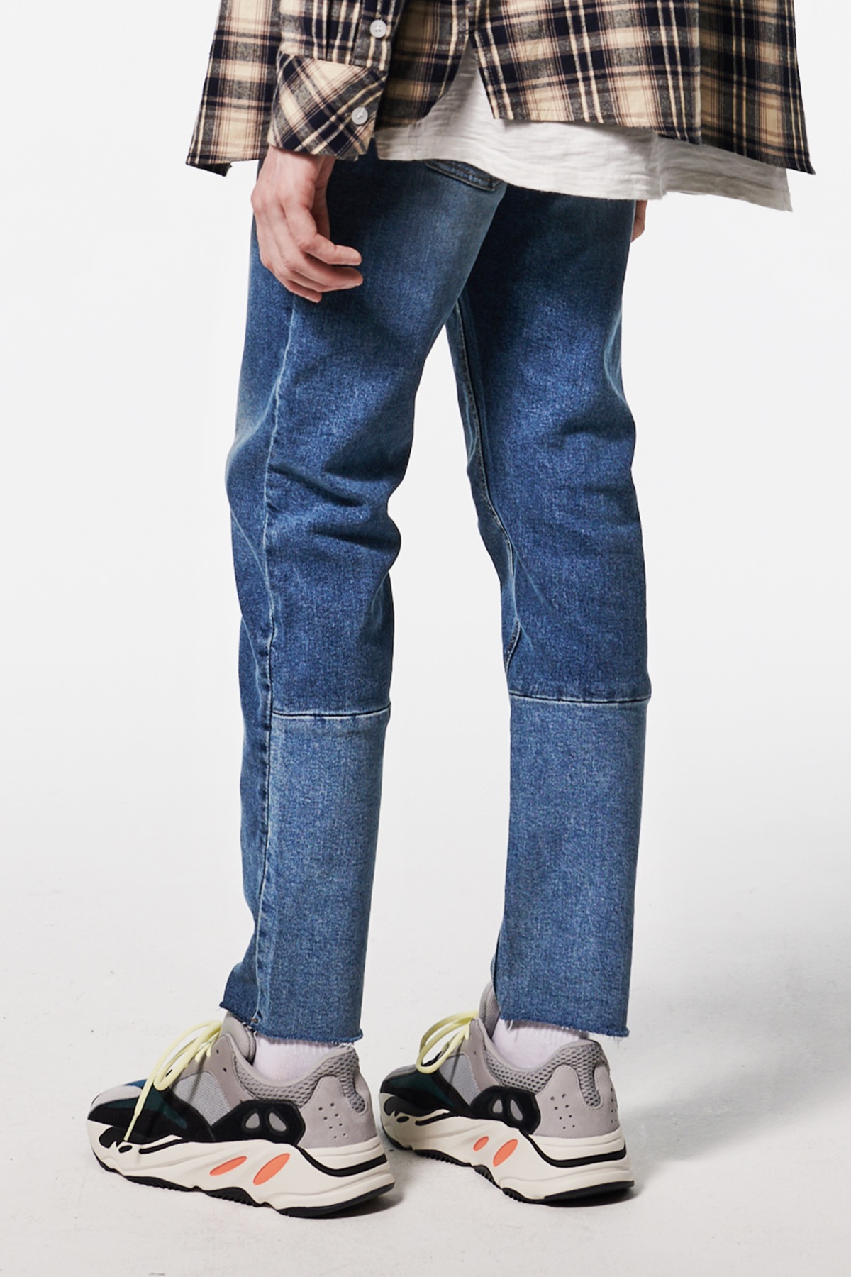 DIVIDED CROPPED JEANS