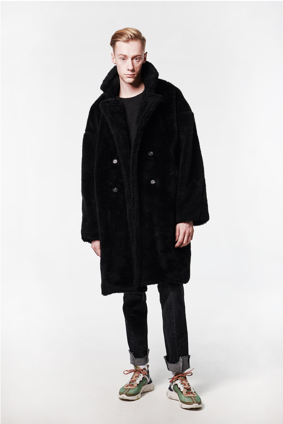 BLACK FUR LONG COAT