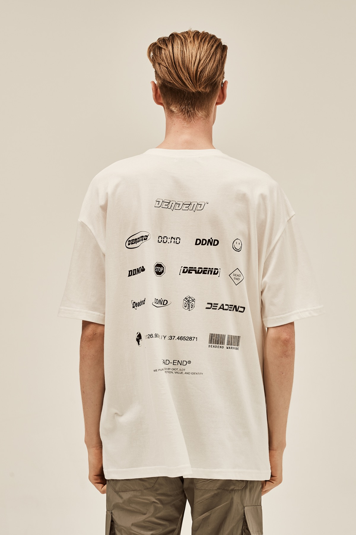 WHITE LOGO PLAY T-SHIRTS