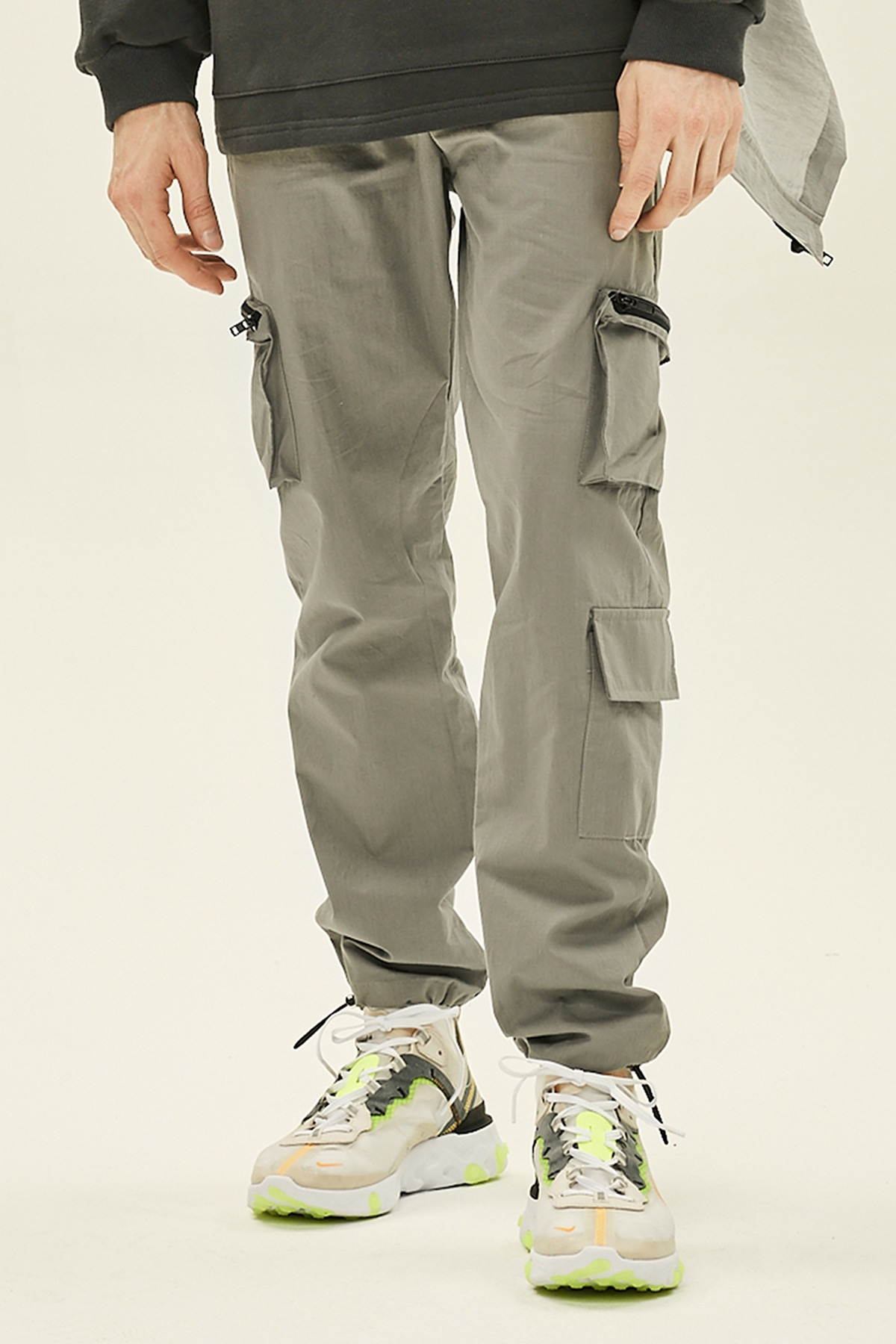 GRAY CARGO ZIPPER STRING PANTS