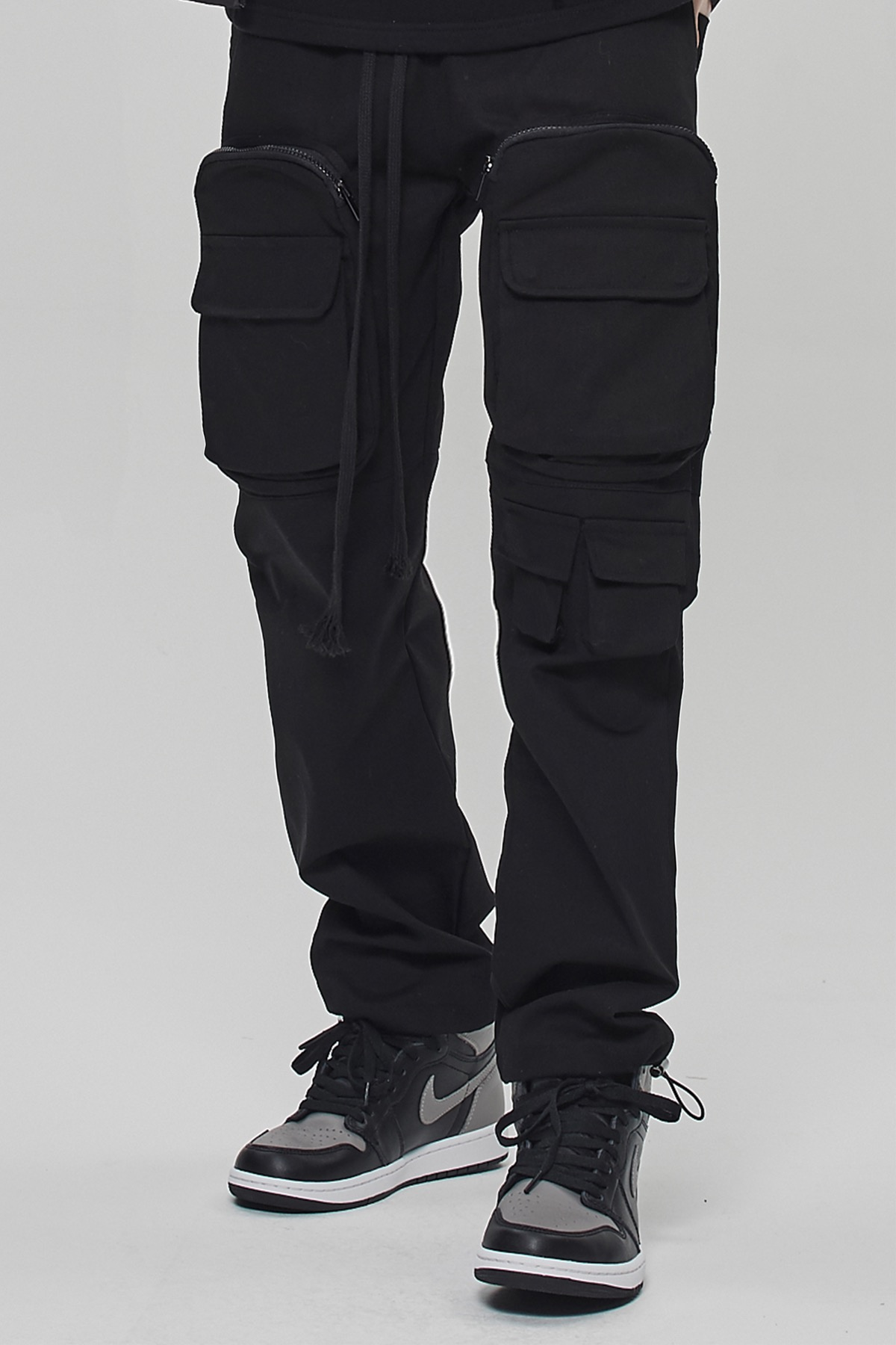 BLACK UTILITY POCKET CARGO STRING PANTS